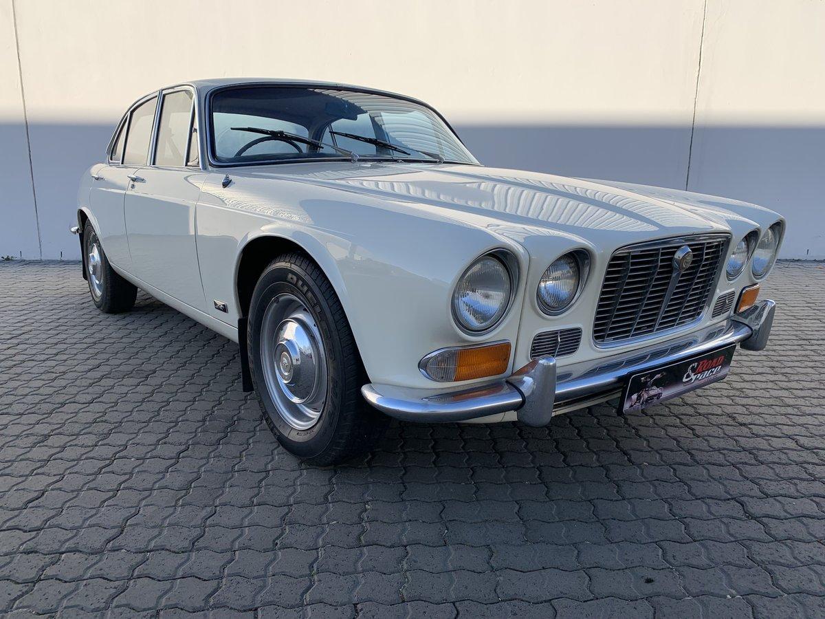 1970 Jaguar xj6 series one 4.2 manual For Sale | Car And ...