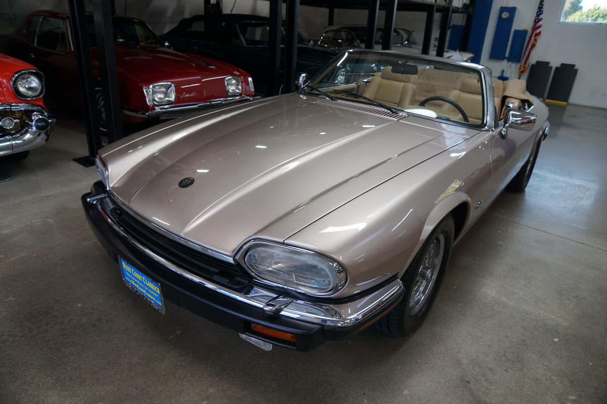 1992 Jaguar XJS 5.3L V12 Convertible with 30K orig miles For Sale (picture 1 of 6)