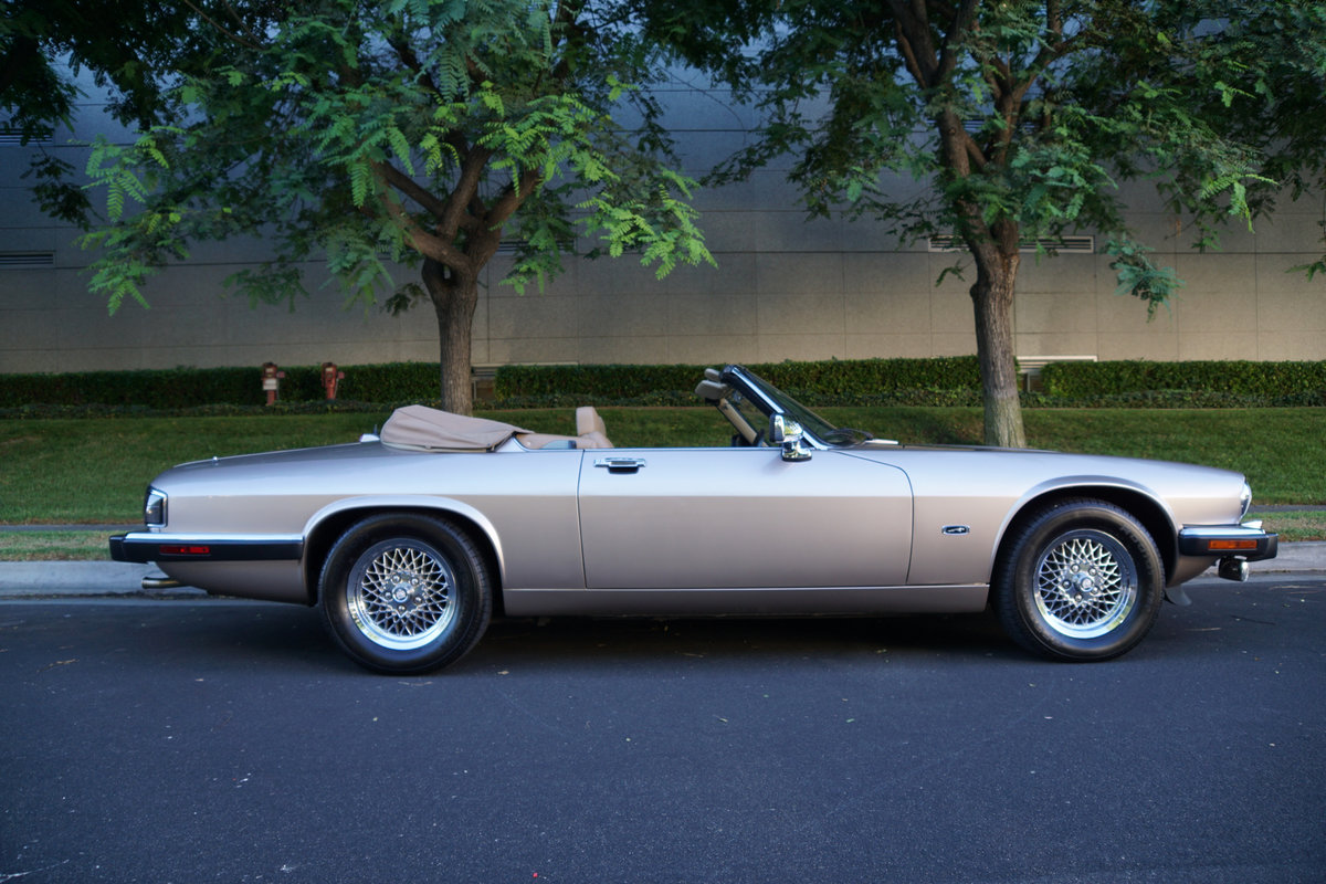 1992 Jaguar XJS 5.3L V12 Convertible with 30K orig miles For Sale (picture 2 of 6)