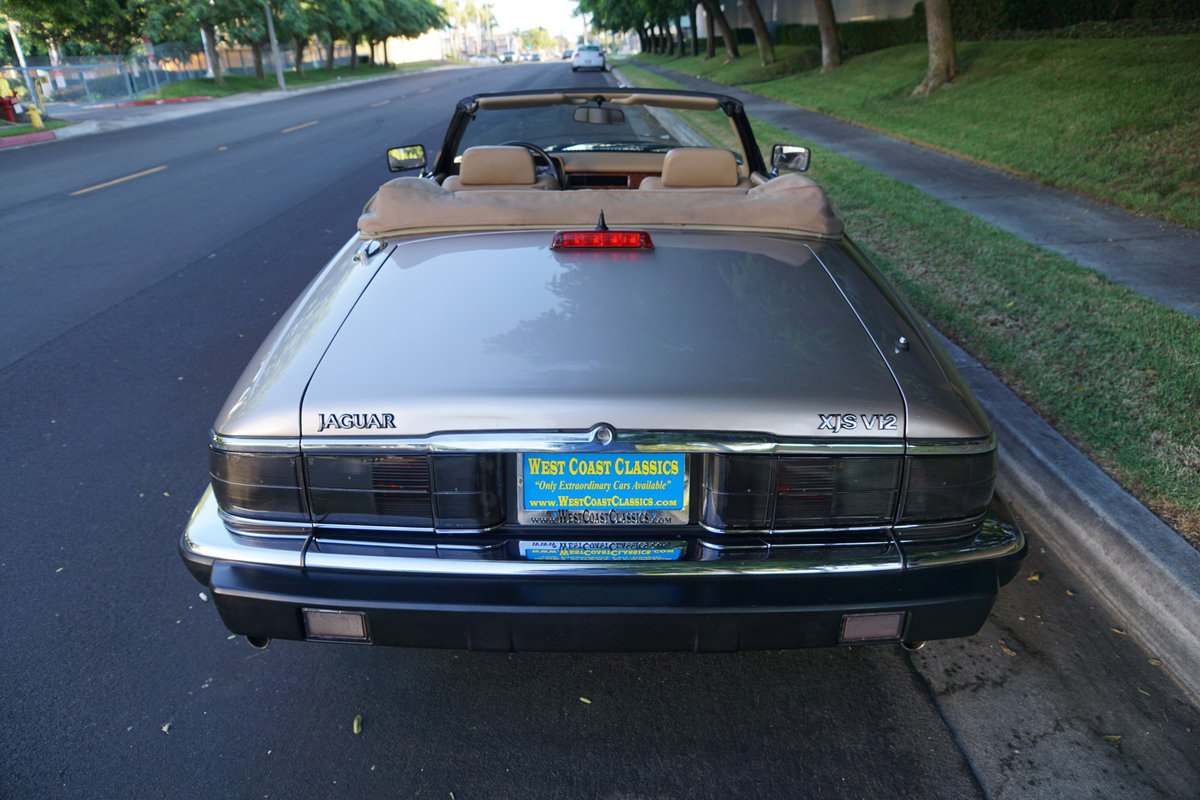 1992 Jaguar XJS 5.3L V12 Convertible with 30K orig miles For Sale (picture 4 of 6)