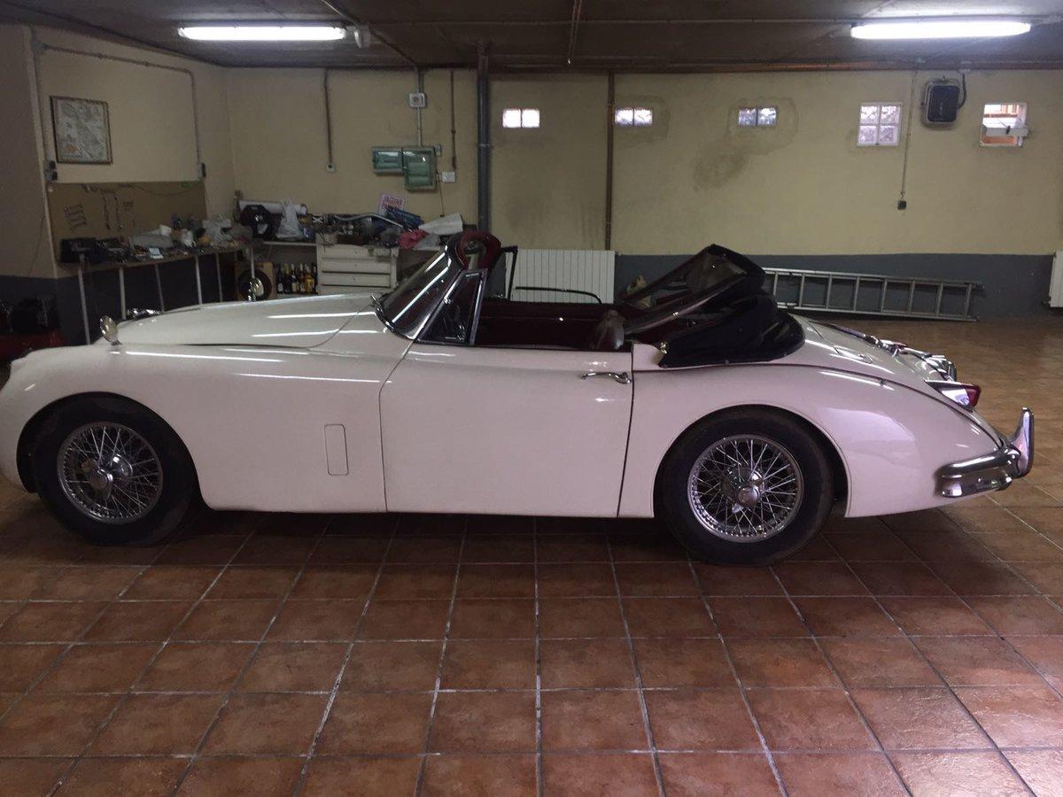 1958 Jaguar xk 150 cabriolet For Sale (picture 3 of 6)