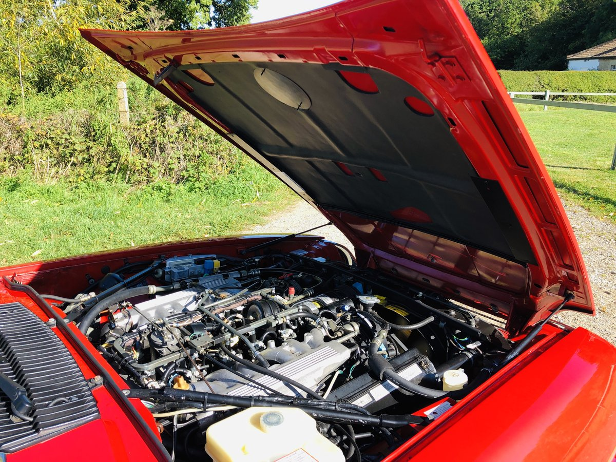 1989 Jaguar XJS 5.3L V12 Convertible 18000 miles only. For Sale (picture 3 of 6)