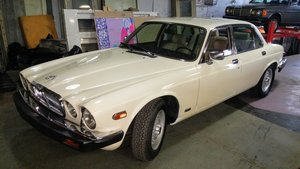 1986 Jaguar series 3 XJ6 with low k's For Sale