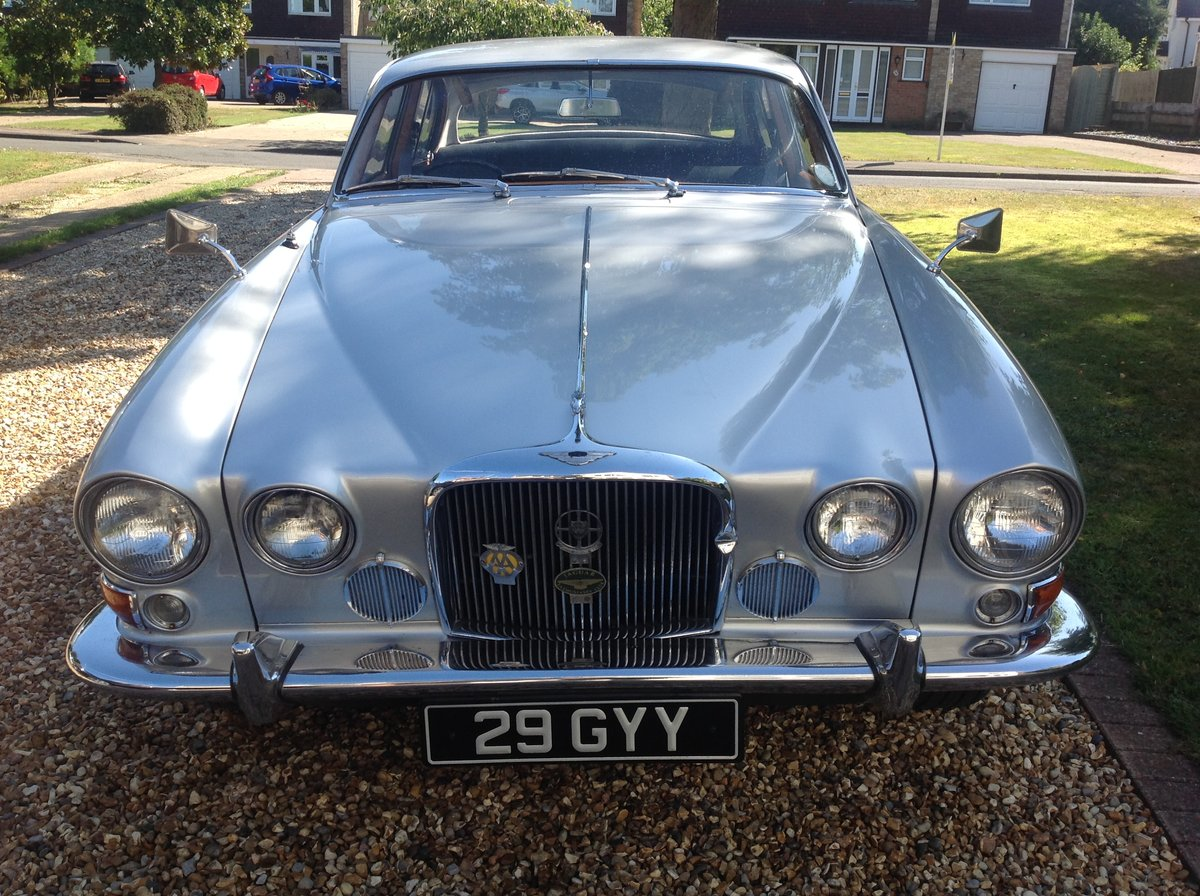 1963 Jaguar Mk10 manual 5 speed Silver one previous own For Sale (picture 2 of 6)