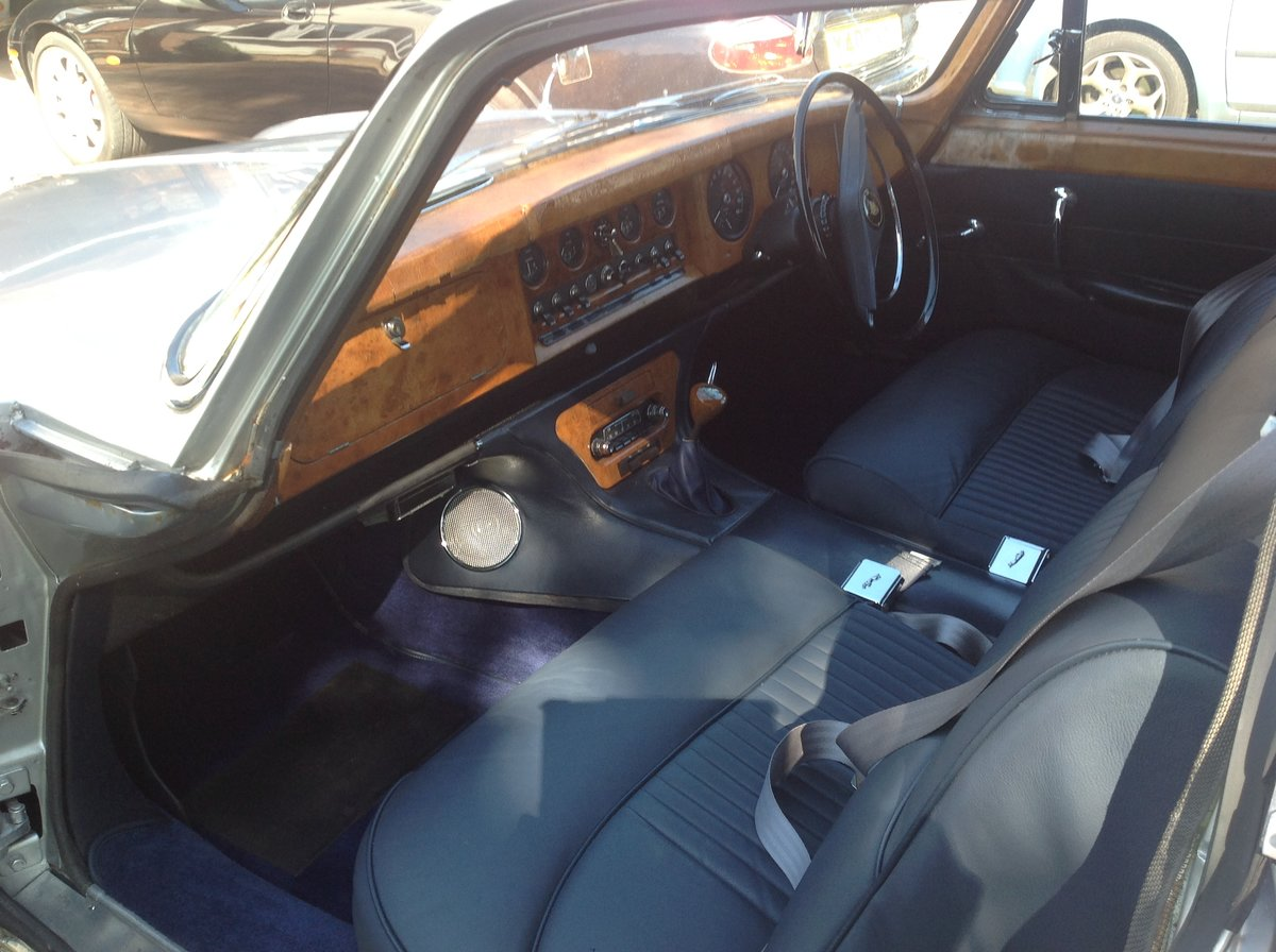 1963 Jaguar Mk10 manual 5 speed Silver one previous own For Sale (picture 4 of 6)