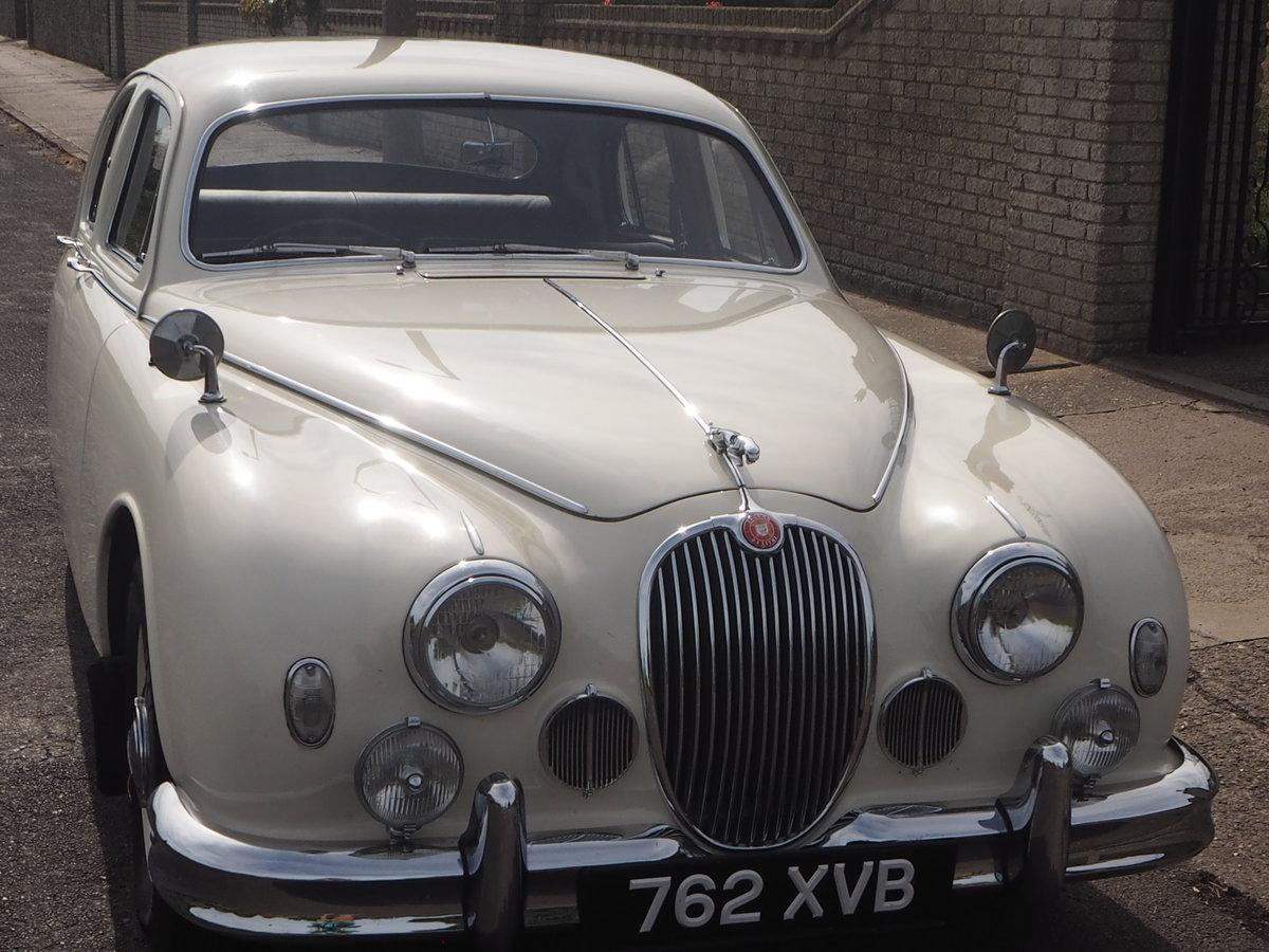 1958 Jaguar Mark 1 in pristine condition For Sale (picture 3 of 6)