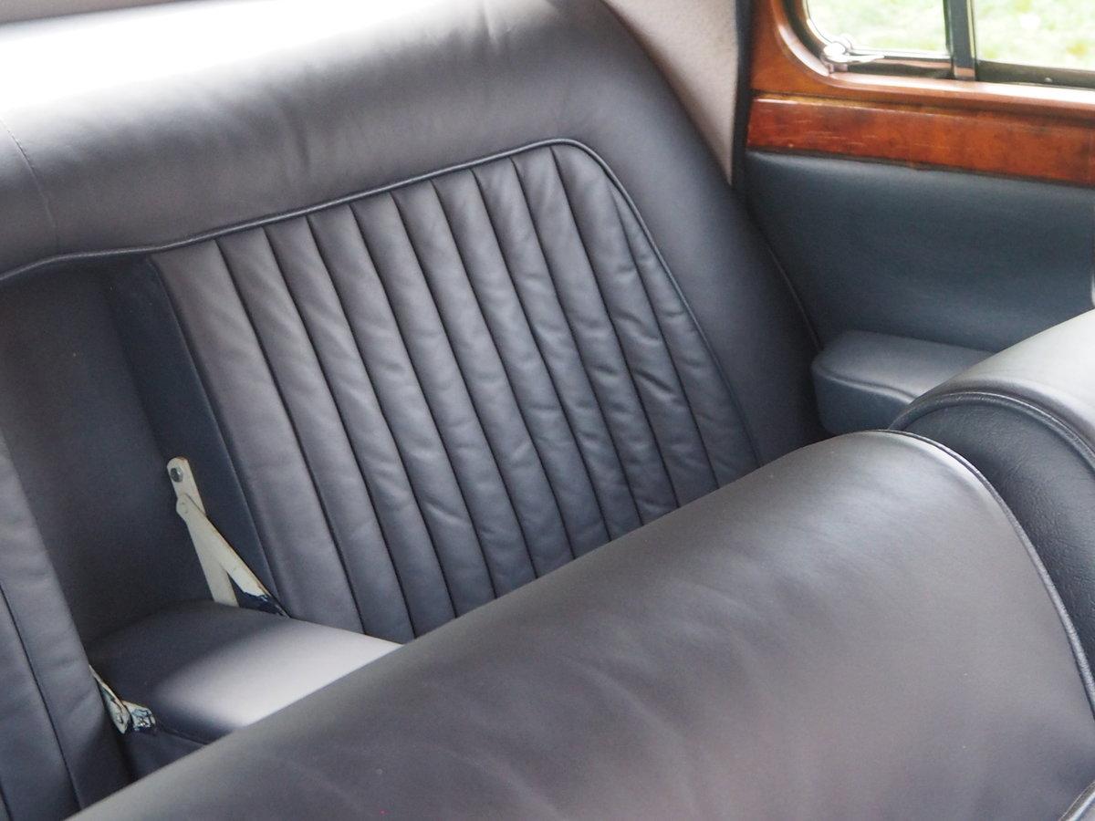 1958 Jaguar Mark 1 in pristine condition For Sale (picture 6 of 6)