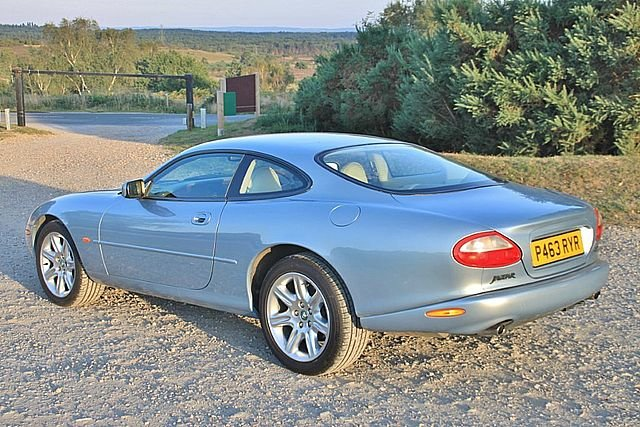 1997 Jaguar XK8 4.0 Coupe (Just 64,000 Miles) For Sale (picture 2 of 6)