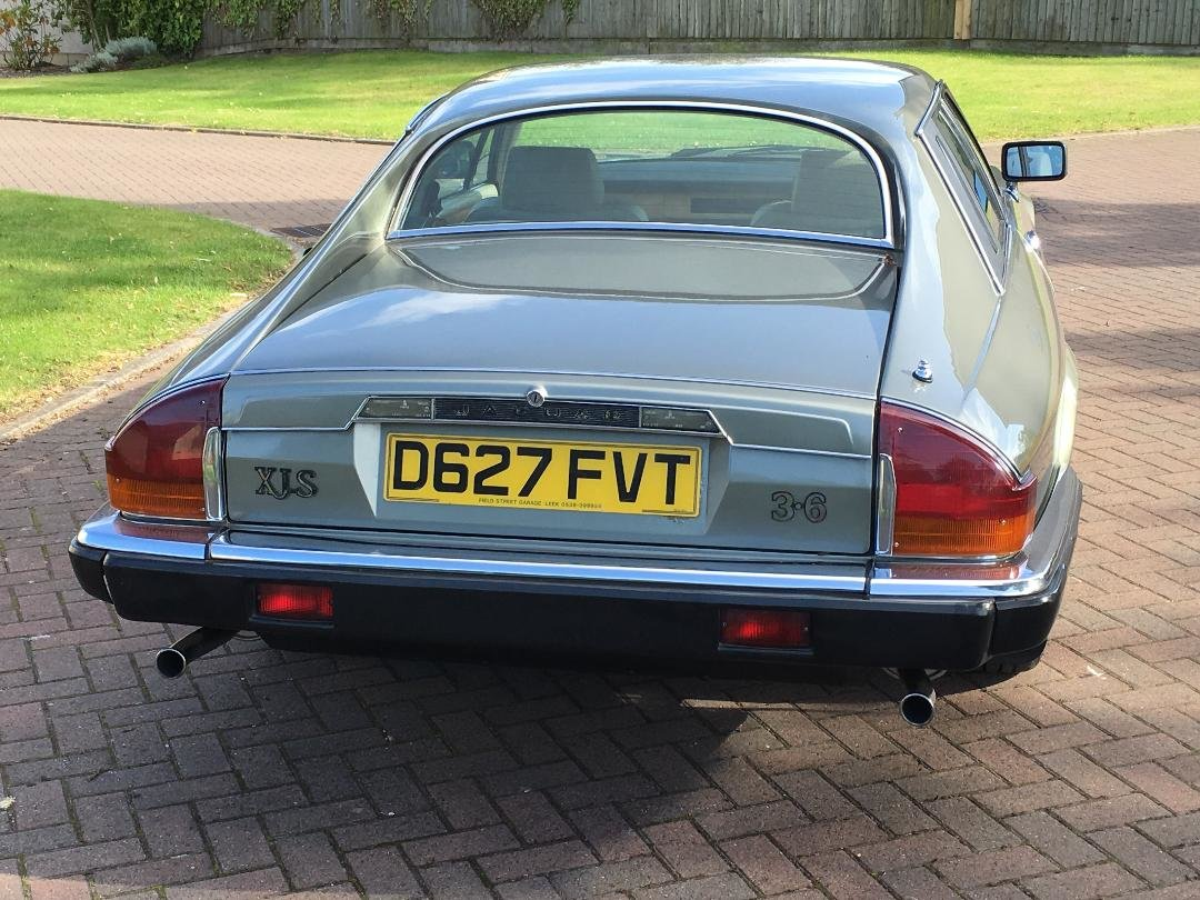 1987 Jaguar XJS  Manual ( The Green Lady) For Sale (picture 2 of 6)