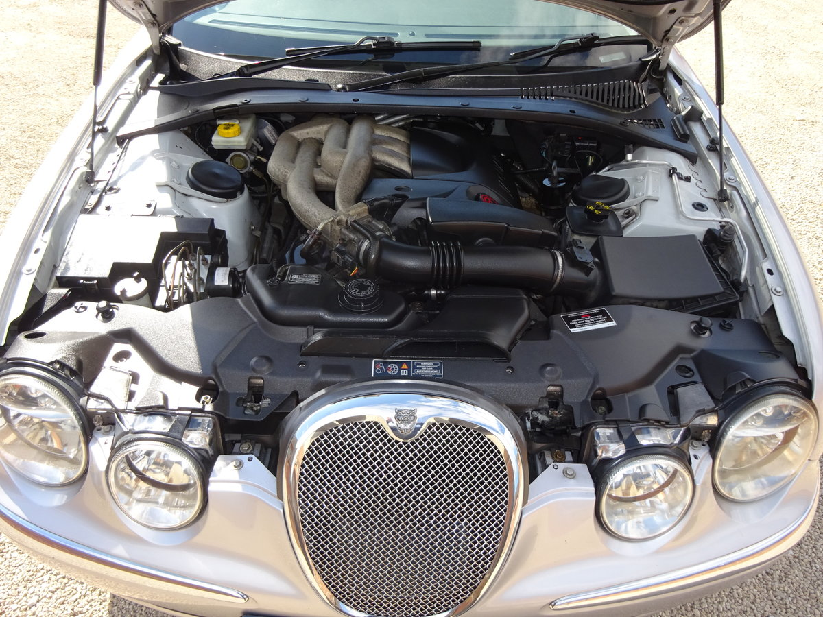 JAGUAR S -TYPE 2.5 AUTO 2002 COVERED 83K MILES FROM NEW  For Sale (picture 4 of 6)