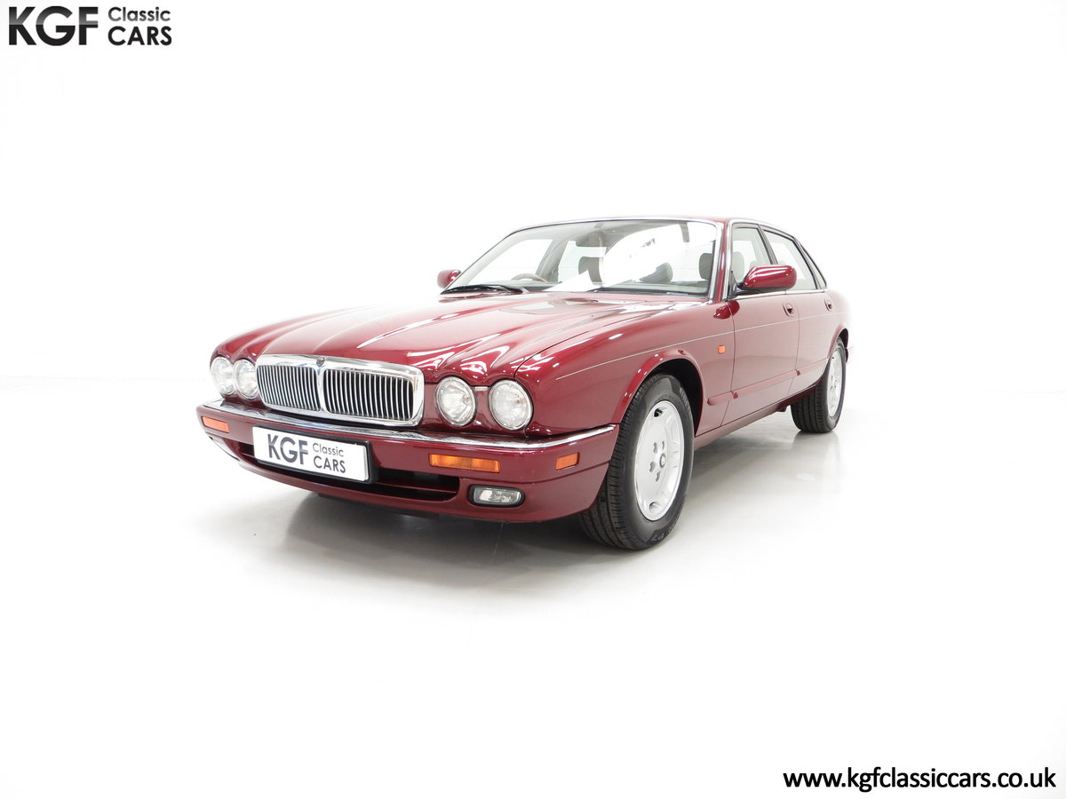 1997 An Opulent Jaguar XJ Executive 3.2 with 25,828 Miles SOLD (picture 2 of 6)