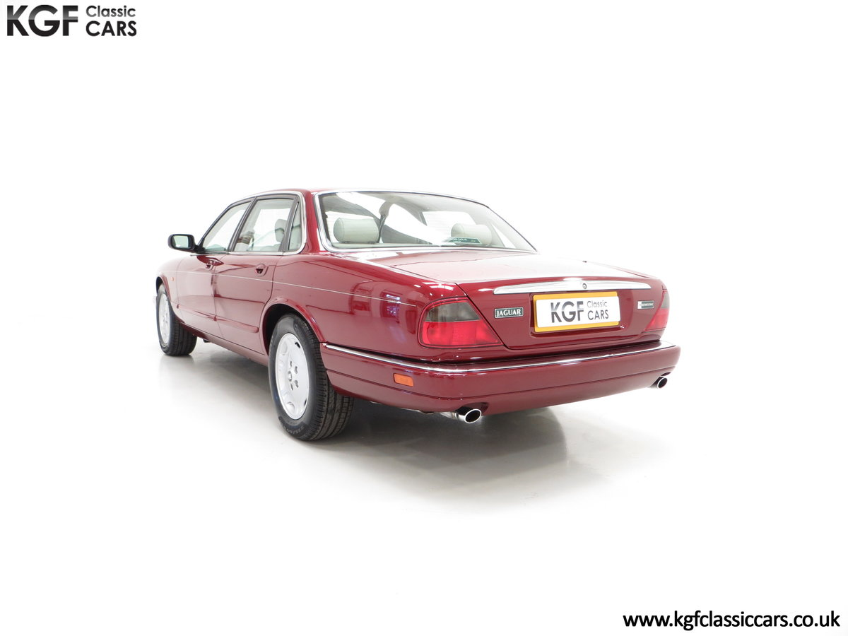 1997 An Opulent Jaguar XJ Executive 3.2 with 25,828 Miles SOLD (picture 4 of 6)