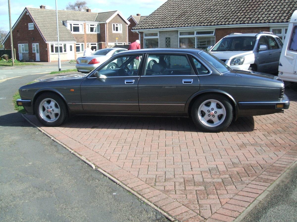 1994 Jaguar xj40/xj6 3.2s SOLD (picture 2 of 6)