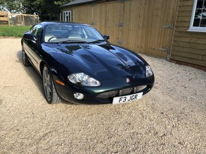 2001 Jaguar XKR 2dr Auto Sports Coupe