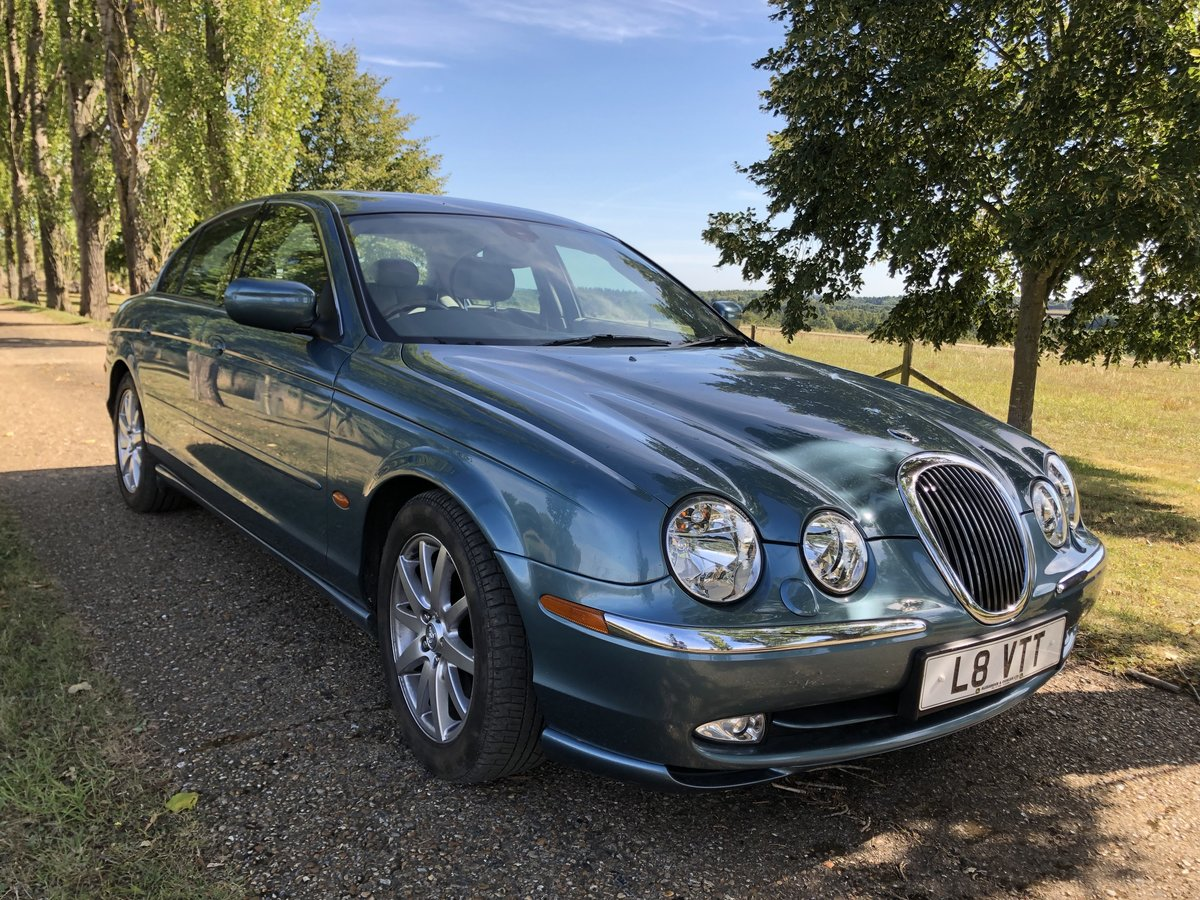 1999 Jaguar S-type V8 Saloon For Sale (picture 1 of 6)
