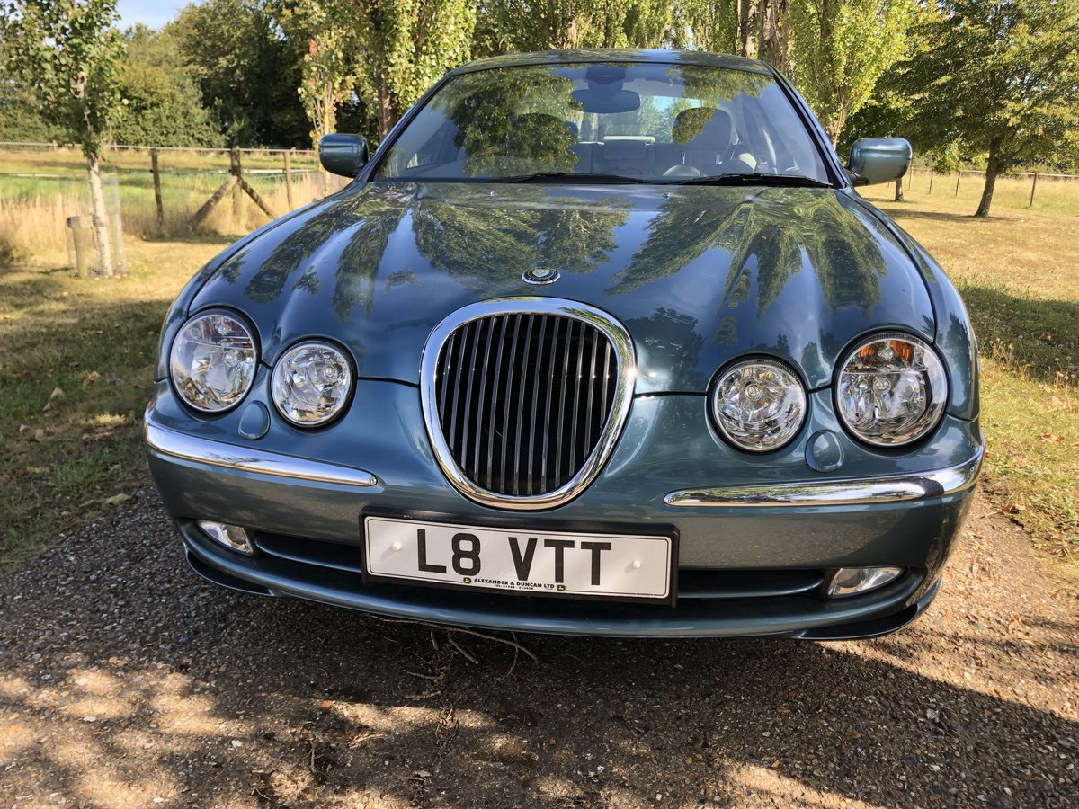 1999 Jaguar S-type V8 Saloon For Sale (picture 2 of 6)