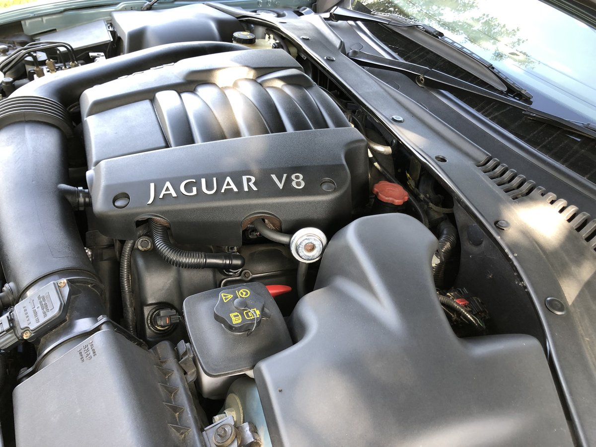 1999 Jaguar S-type V8 Saloon For Sale (picture 5 of 6)