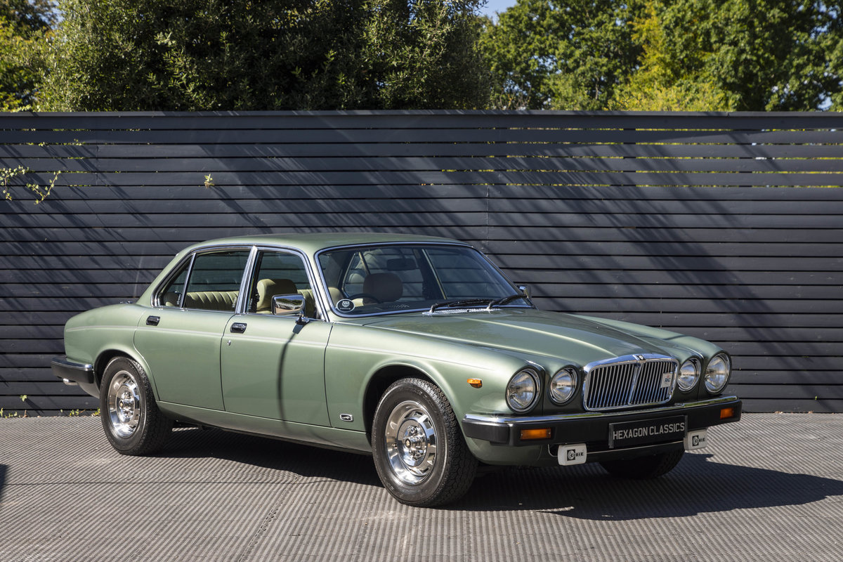 1985 JAGUAR XJ6 4.2 SERIES III, MANUAL ONLY 8200 MILES For Sale (picture 1 of 6)