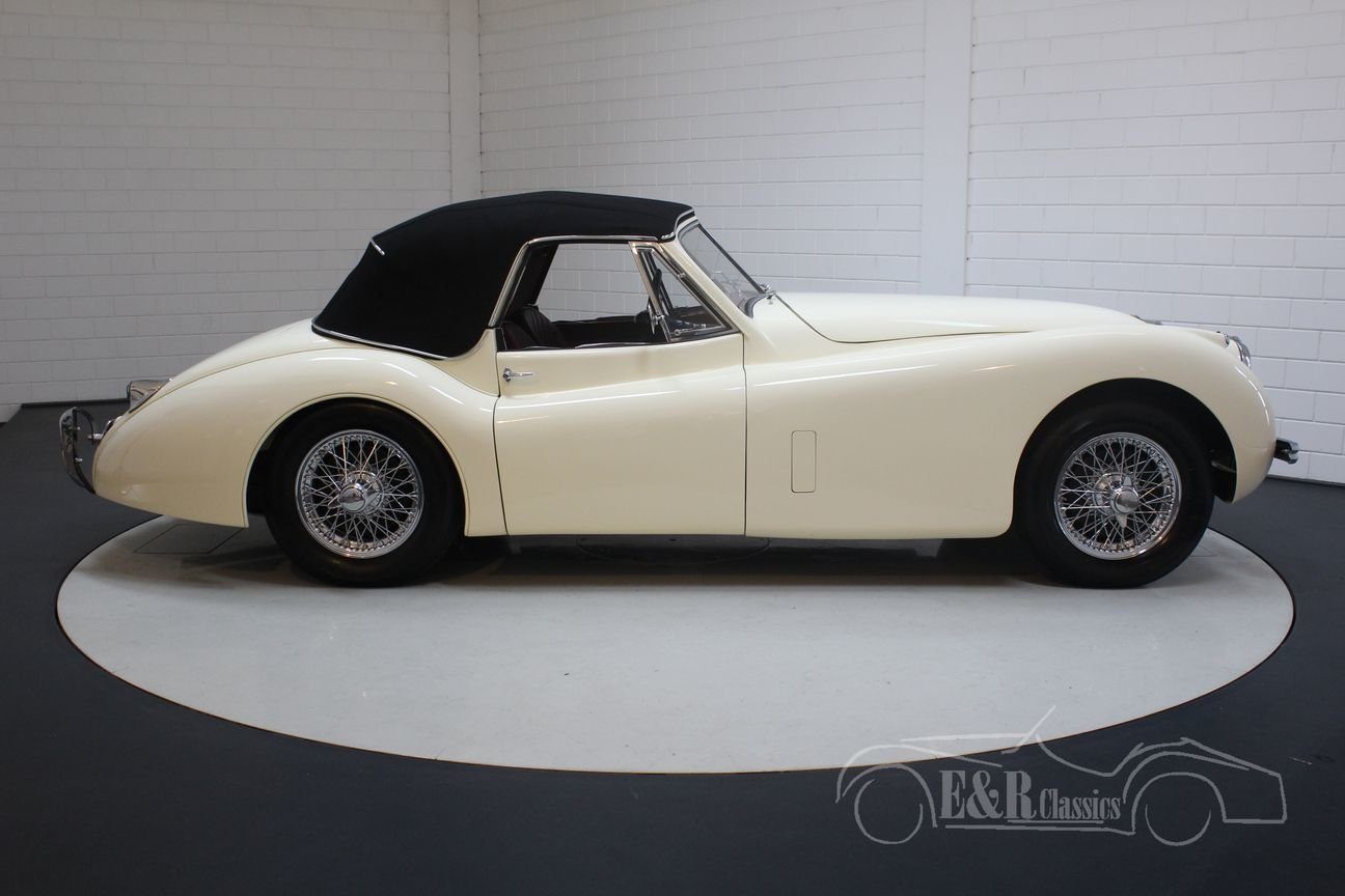 Jaguar XK 120 DHC 1954 Body off restored For Sale (picture 6 of 6)
