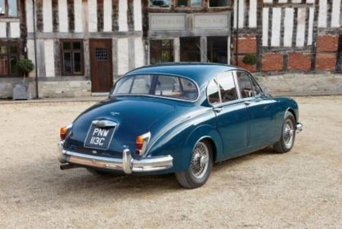 1965 Rent a Jaguar Mk2 in the Cotswolds For Hire (picture 2 of 6)