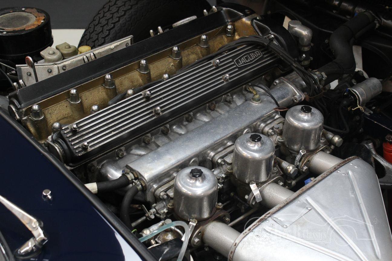 Jaguar E-type Series 2 Cabriolet 1970 Dark blue For Sale (picture 4 of 6)