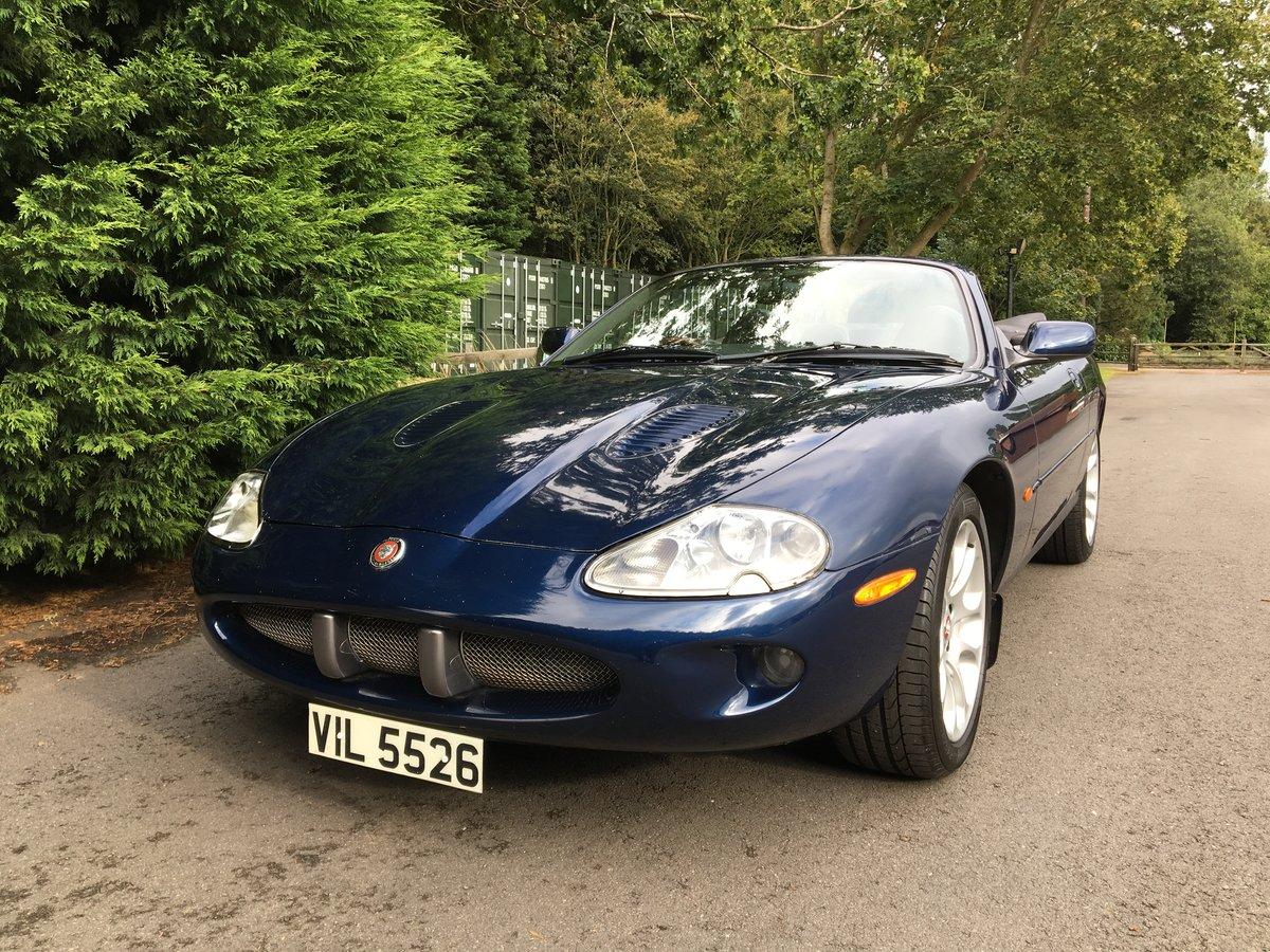 1999 Jaguar XKR Convertible    Lot 808 Estimate £6,000 - £8,000 For Sale by Auction (picture 1 of 6)