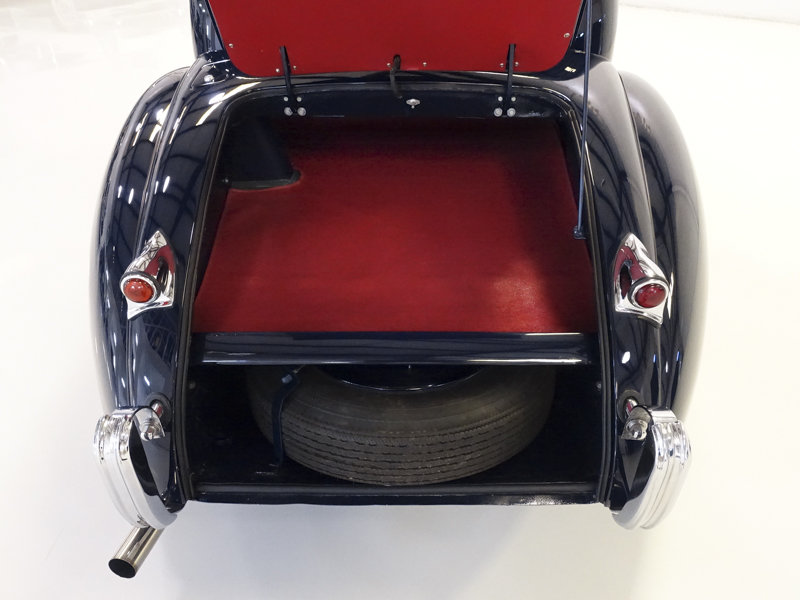 1952 Jaguar XK120 Fixed Head Coupe For Sale (picture 4 of 6)