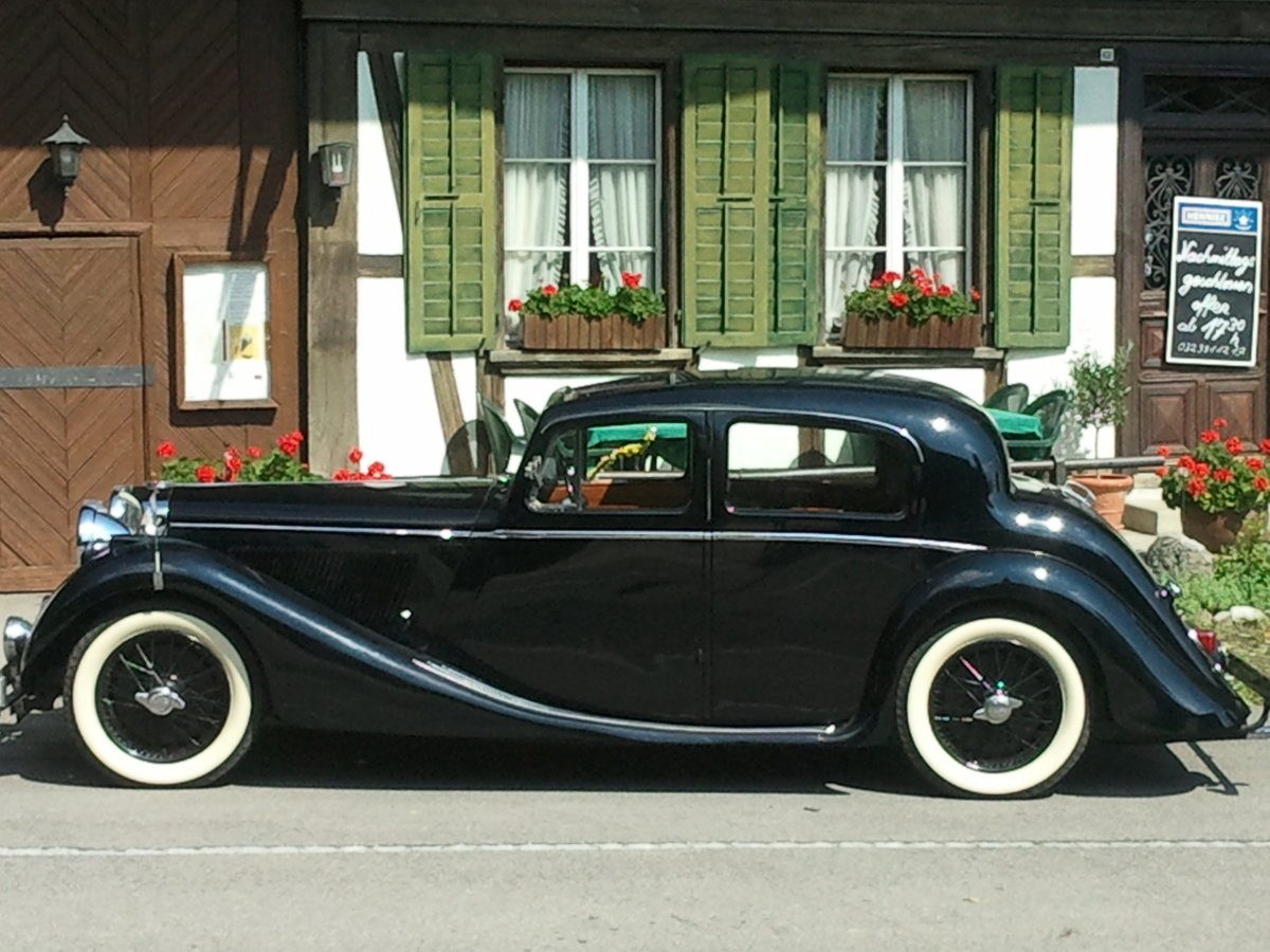 1948 Jaguar 3 1/2 litre (Mk IV Saloon) For Sale (picture 1 of 5)