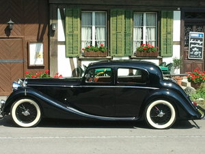 1948 Jaguar 3 1/2 litre (Mk IV Saloon)