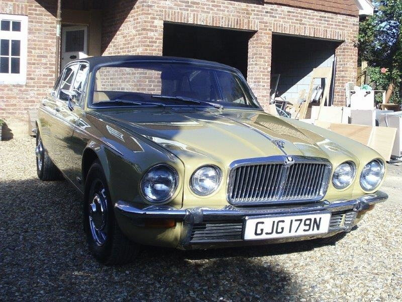 1974 Jaguar xj6 rare lwb 55kmiles truly remarkable SOLD (picture 2 of 6)