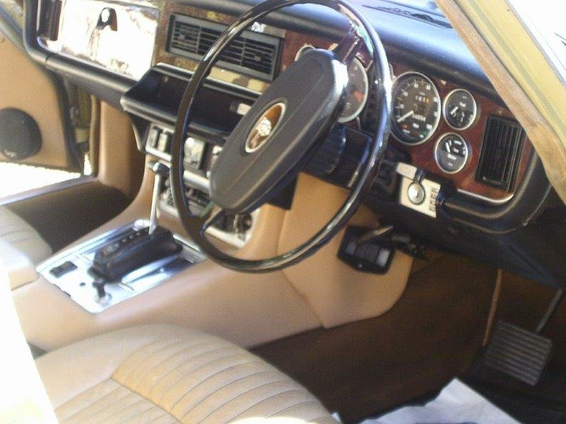 1974 Jaguar xj6 rare lwb 55kmiles truly remarkable SOLD (picture 5 of 6)