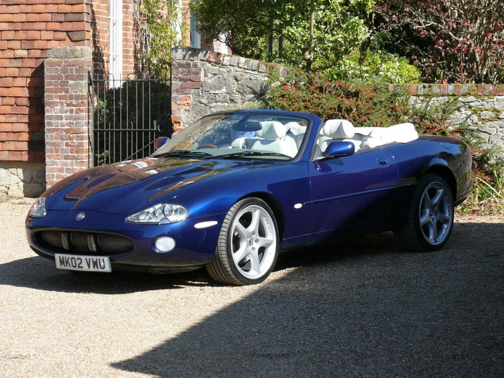 2002 Jaguar XKR Convertible  For Sale (picture 1 of 6)