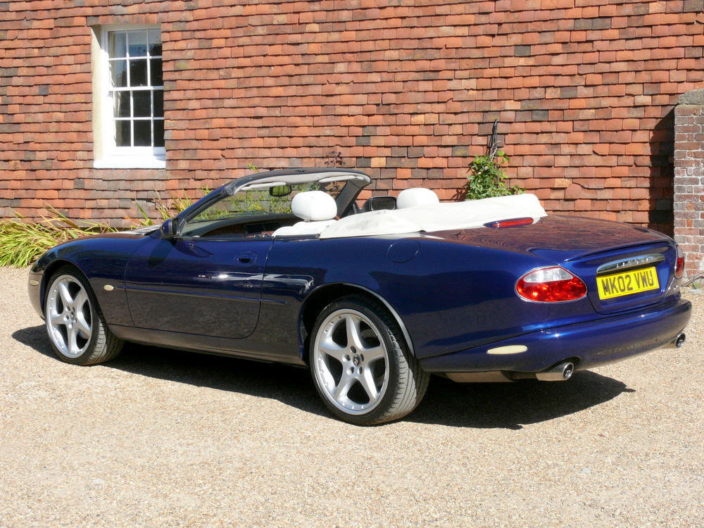 2002 Jaguar XKR Convertible  For Sale (picture 3 of 6)