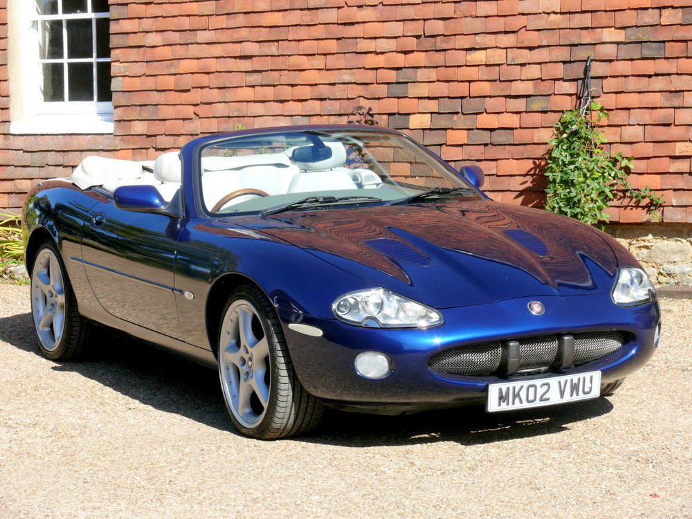 2002 Jaguar XKR Convertible  For Sale (picture 4 of 6)