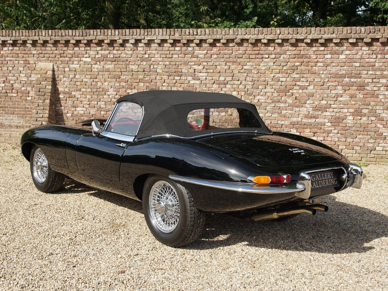 1966 Jaguar E-Type 4.2 series 1 convertible matching numbers, res For Sale (picture 2 of 6)