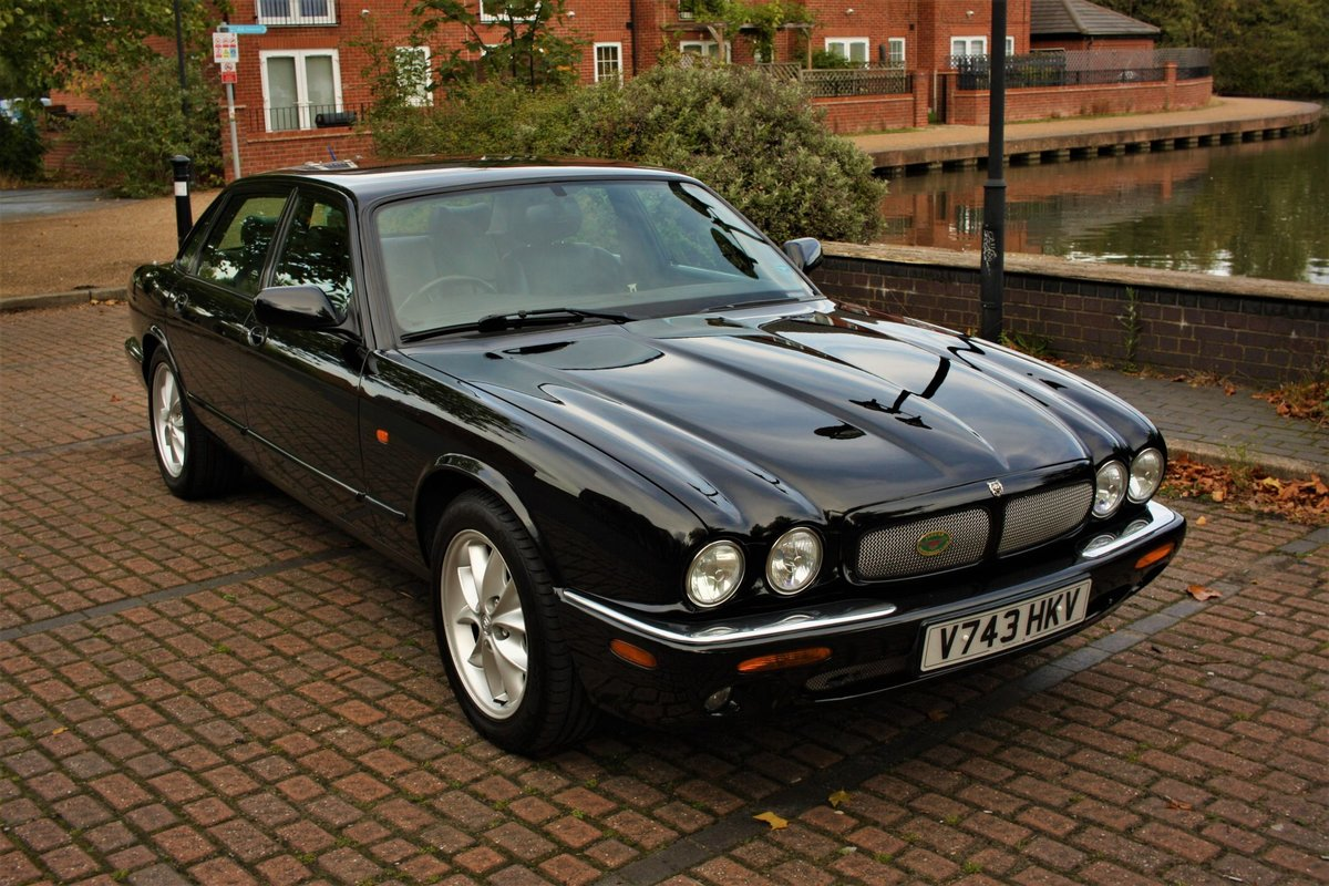 1999 Jaguar XJ8 4.0 - Black - Restored - X308 Jag XJ6 SOLD (picture 1 of 6)