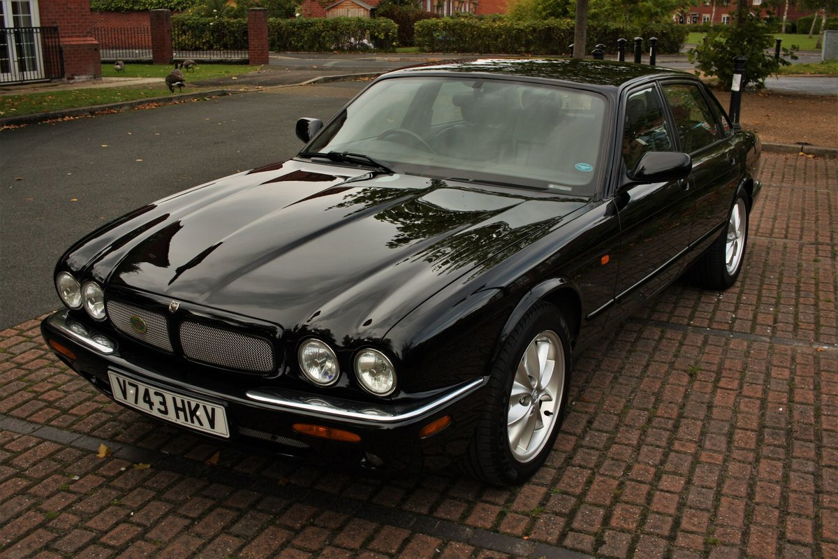 1999 Jaguar XJ8 4.0 - Black - Restored - X308 Jag XJ6 SOLD (picture 6 of 6)