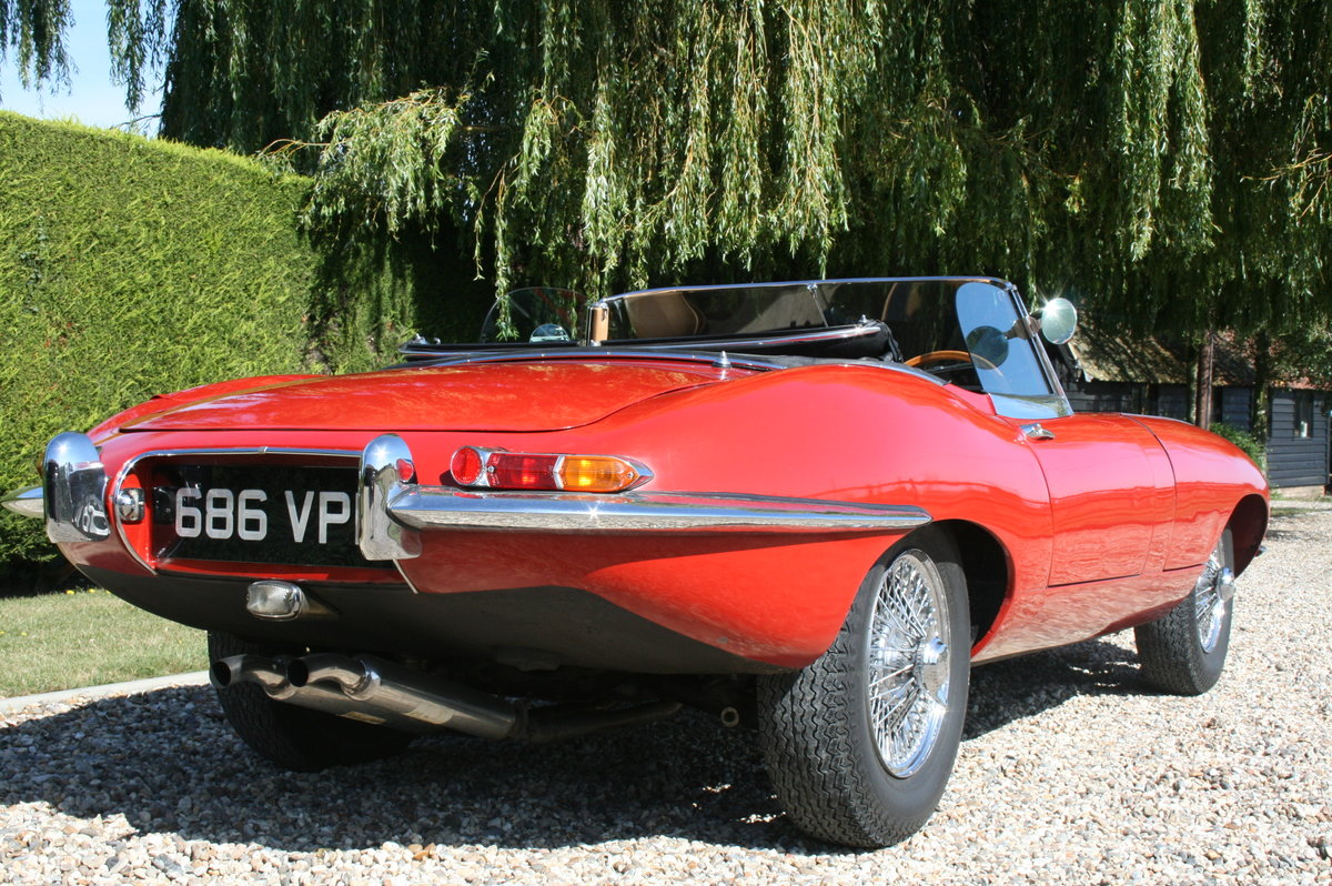 1961 Jaguar 'E' TYPE Flat Floor Roadster. Now sold, more E Types Wanted (picture 4 of 6)