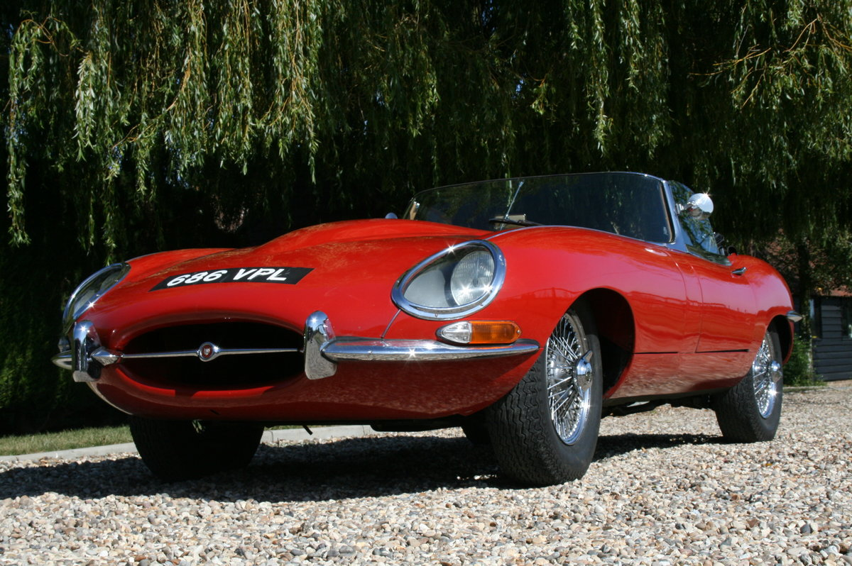 1961 Jaguar 'E' TYPE Flat Floor Roadster. Now sold, more E Types Wanted (picture 5 of 6)