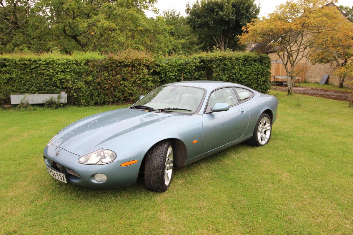 2004 Jaguar XK8 MOT Failure - Spares or Repair SOLD (picture 1 of 4)