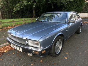1990 Jaguar XJ40 Sovereign 4.0