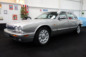 1997 Daimler Super V8 53'000 miles and beautiful condition For Sale