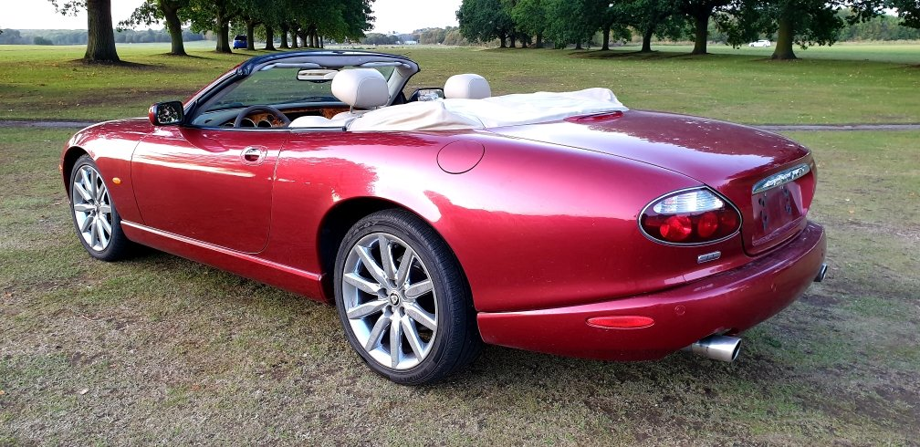 2006 LHD JAGUAR XK8 4.2 VICTORY EDITION (RARE), LEFT HAND DRIVE For Sale (picture 3 of 6)