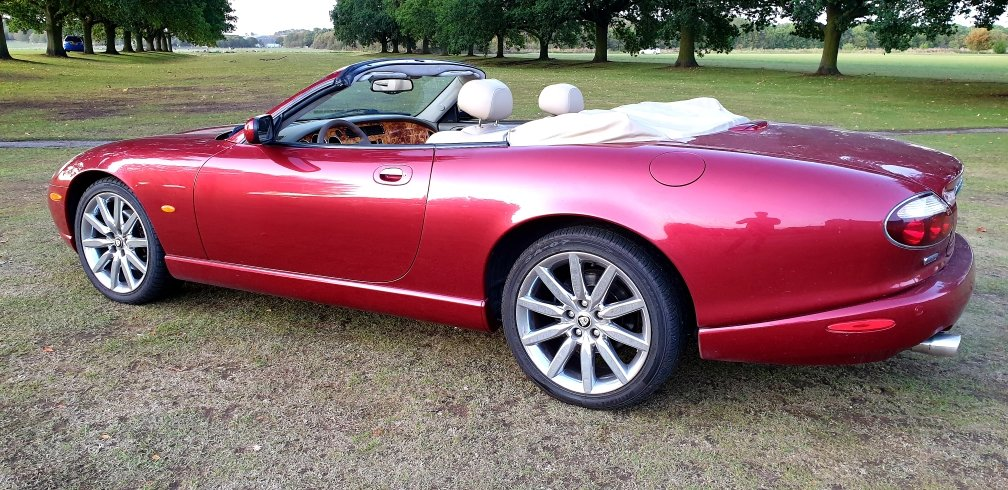 2006 LHD JAGUAR XK8 4.2 VICTORY EDITION (RARE), LEFT HAND DRIVE For Sale (picture 4 of 6)