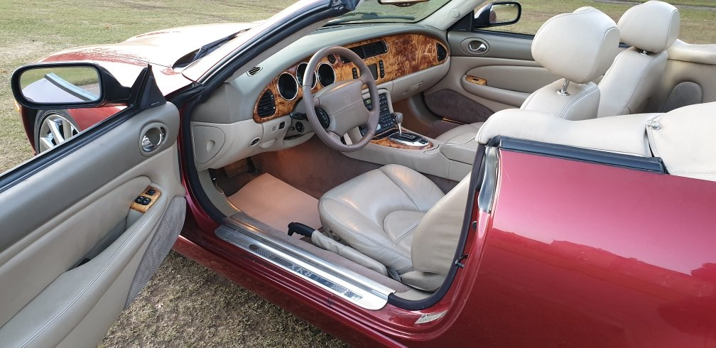 2006 LHD JAGUAR XK8 4.2 VICTORY EDITION (RARE), LEFT HAND DRIVE For Sale (picture 5 of 6)