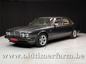 Picture of 1989 Jaguar XJ40 Sovereign '89