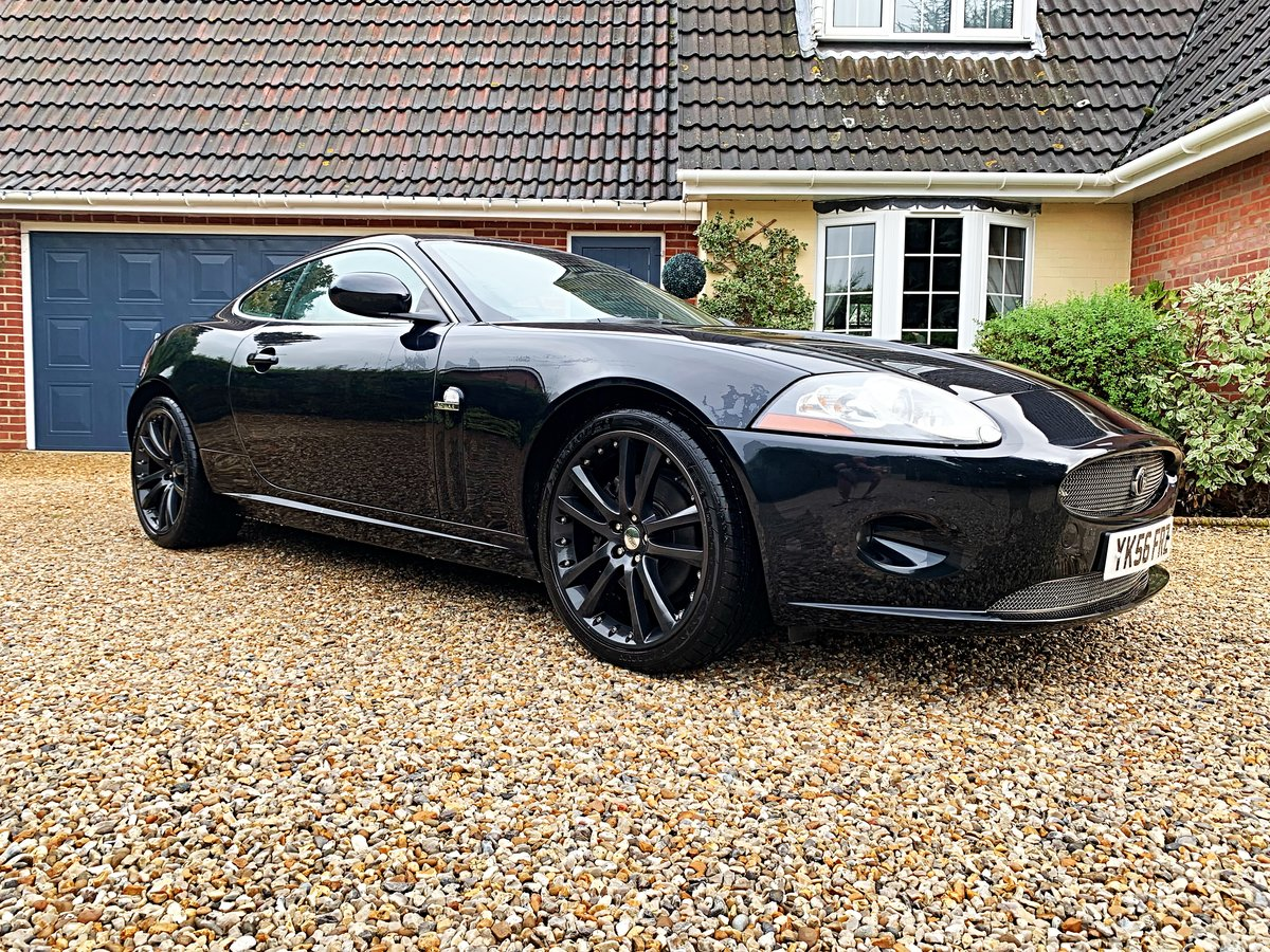 2007 JAGUAR XK 4.2 COUPE STUNNING LOW MILES WITH FSH For Sale (picture 1 of 6)