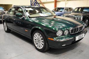 2004 1 owner, 10,000 miles only, 13 Jaguar services For Sale
