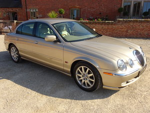JAGUAR S TYPE 4.0 AUTO 2000 - 14K MILES FROM NEW