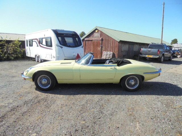 1972 Jaguar E Type V12 Roadster  For Sale (picture 3 of 6)